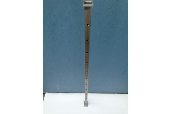 25mm stainless 316 square posts x 1metre with base & top plate.
